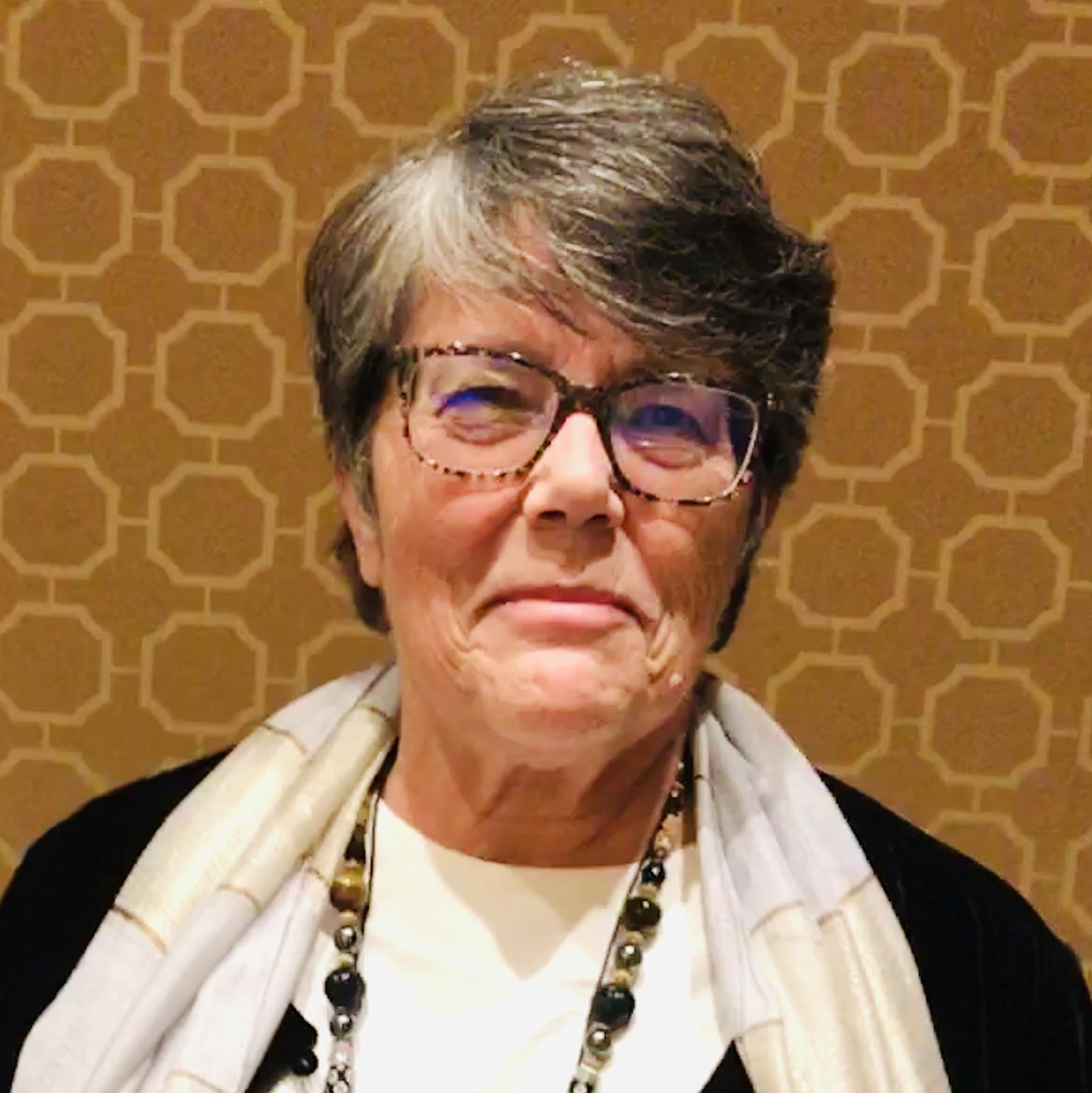 Virginia Aksan